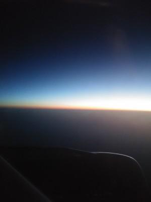 vychod slnka v lietadle_ up